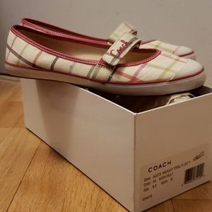 Coach Margot Tattersal Canvas shoes, size 8